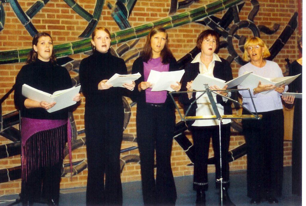 koret april 2002